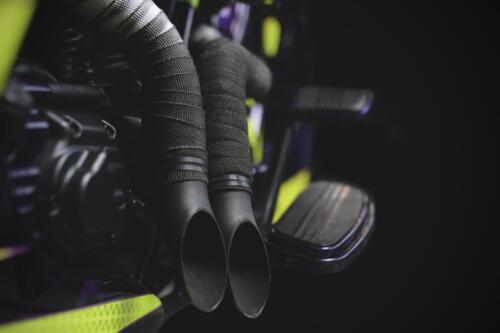 Dettaglio tubi di scarico Bagger Purple Haze