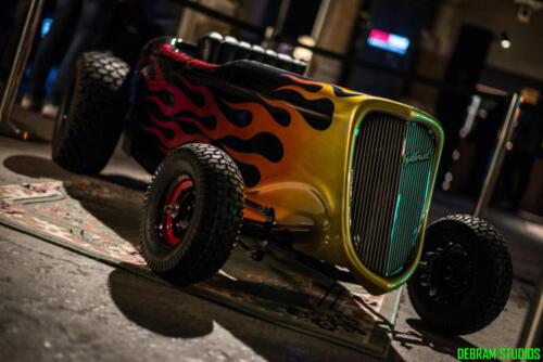 Mini Hot Rod con fiamme
